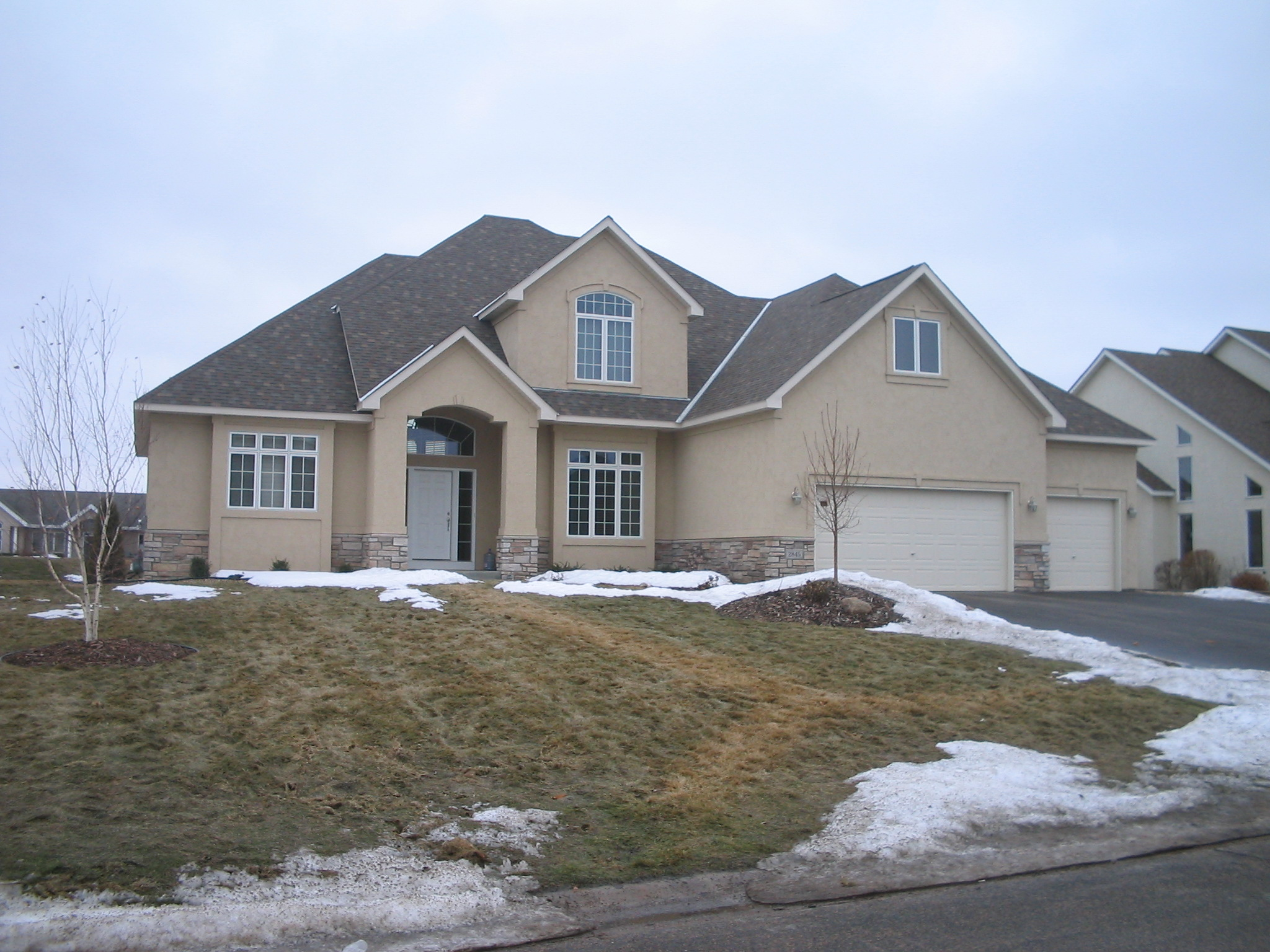 Stucco Homes Colors Stunning White Stucco House With Dark Trim With